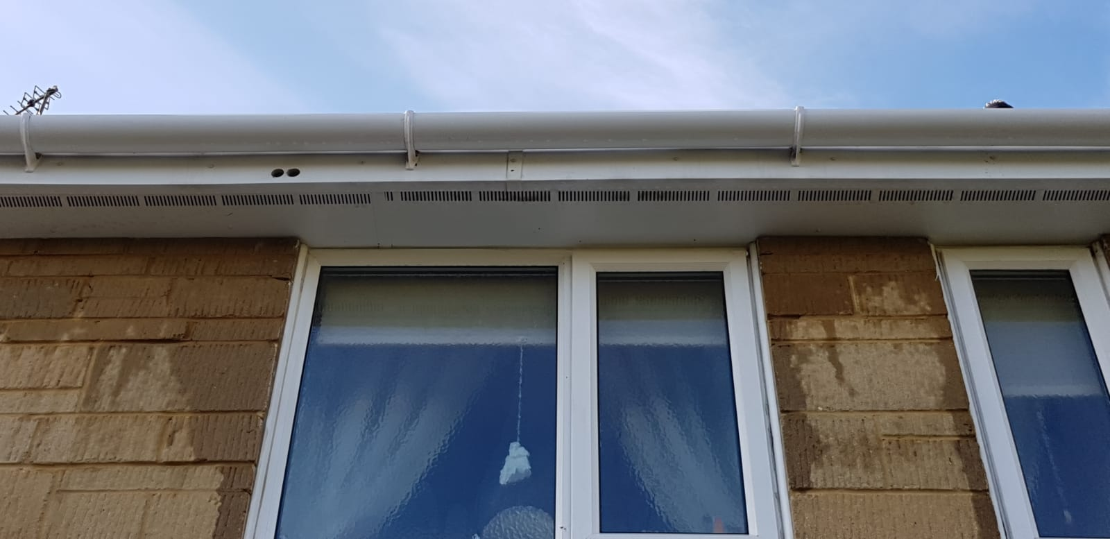 The finished outcome of gutter cleaning